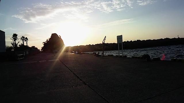 通り矢堤防の状況7:00
