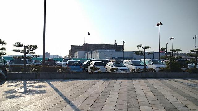 横須賀海辺釣り公園の混雑状況(自動車駐車場)