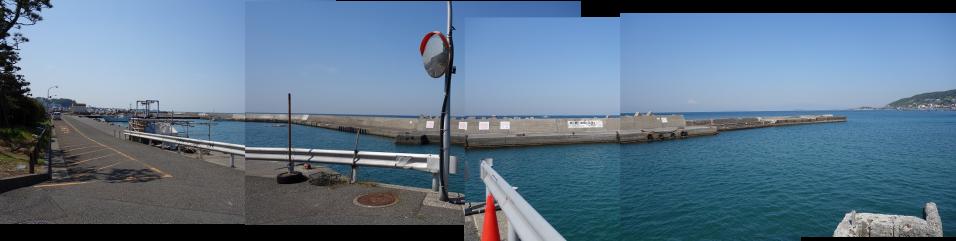 秋谷漁港の写真